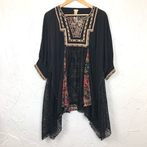 Gimmicks Embroidered Asymmetrical Tunic